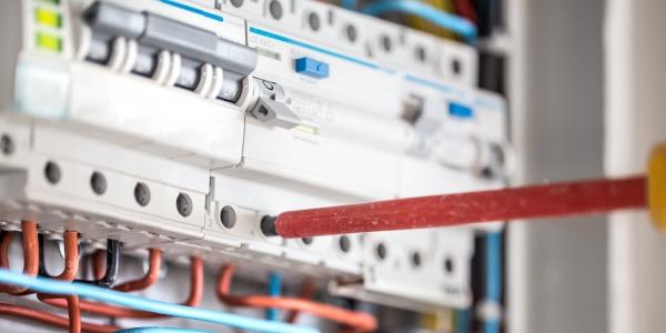 Comment consigner un disjoncteur électrique ?